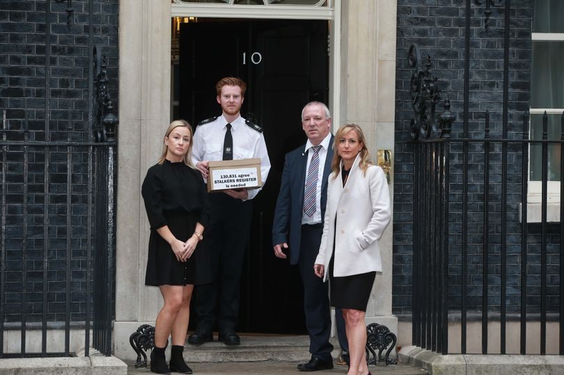 Laura Richards - Mirror backed campaign for anti stalking register is taken to Downing Street